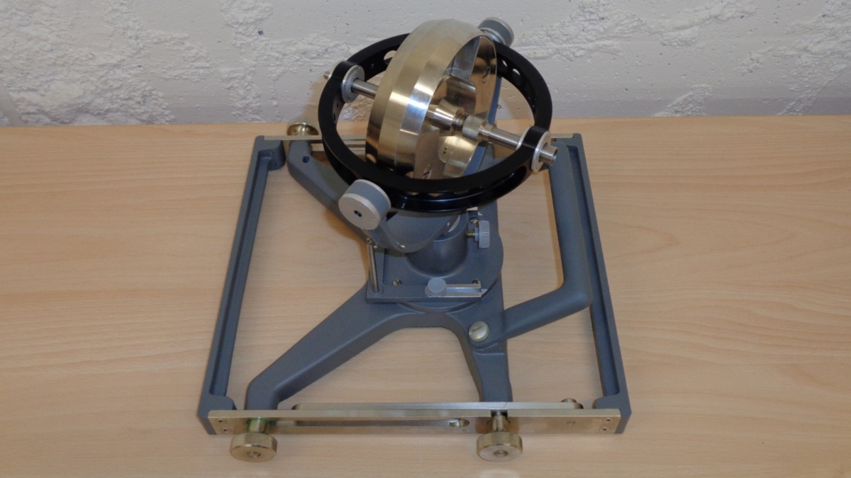 Teaching gyro invented by Kurt Magnus  (c) Jörg F. Wagner