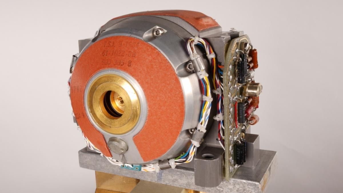 Gyro unit of the inertial platform Litton LN-3  (c) Kun Zhan