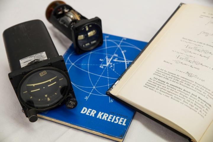 Historische Kreiselinstrumente (c) Christoph Hoeger